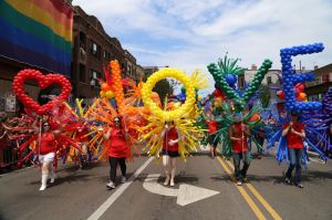 1372650583-chicago-pride-parade-2013_2212424