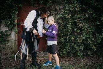 Pirate Antonio Gifts Joey
